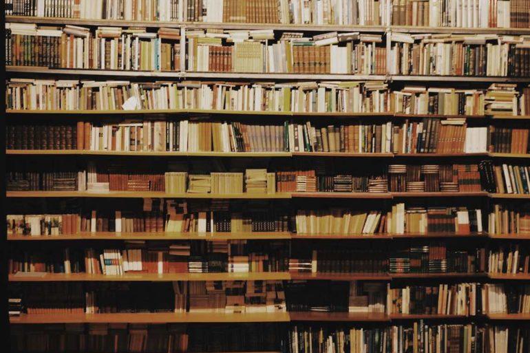 escriptors catalans vius autores nuevos mejores libros novela negra